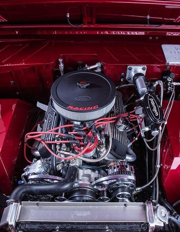 1972 Bronco Restmod Fuelie