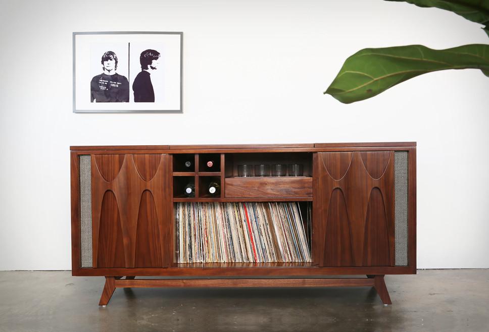 Luno Record & Whiskey Console